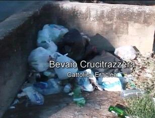 VIDEO – Rifiuti nei bevai: Cattolica non ci fa una bella figura …