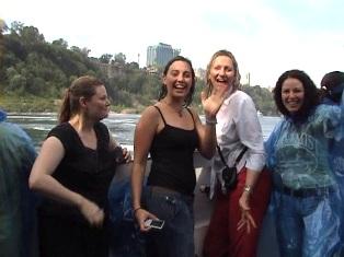 VIDEO. Saluti dalle cascate del Niagara