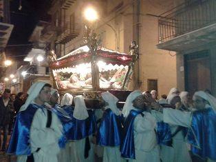 VIDEO. La processione del Venerdì Santo