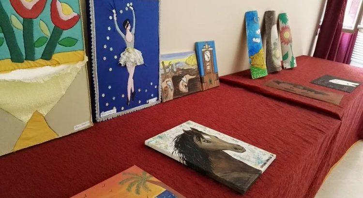 Mostra dei lavori degli alunni della scuola media Contino al centro sociale