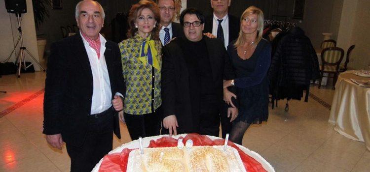 Grande festa per i 50 anni di Franco Ray. Auguri anche da Silvio Berlusconi