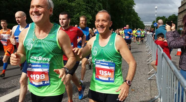 Due cattolicesi alla Maratona di Edimburgo (Scozia)