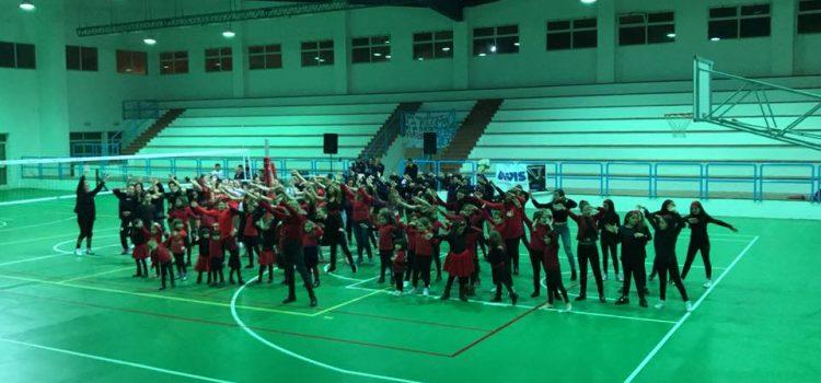 VIDEO| Esibizione di danza contro la violenza sulle donne dell'ASD Olimpia Center.