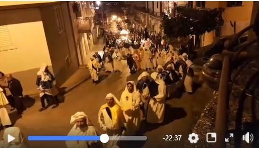 VIDEO| Venerdì Santo in diretta Facebook, da piazza Botteghelle a via Collegio