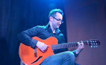 CATTOLICA NEL MONDO. Vi presentiamo Nico Mangiapane giovane virtuoso della chitarra jazz-blues