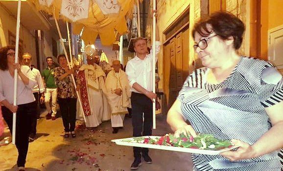 VIDEO. Partecipata processione del Corpus Domini a Cattolica Eraclea