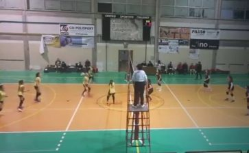 VOLLEY FEMMINILE  SCONFITTA L'ASD TRAINING AND RELAX A CALTAGIRONE.