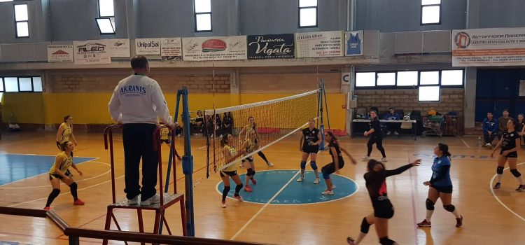 VOLLEY FEMMINILE. LA CAPOLISTA VIGATA VOLLEY FULMINA L'ASD TRAINING AND RELAX