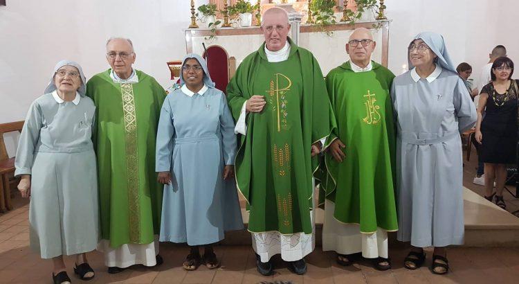 Cattolica Eraclea saluta le suore e don Nino Giarraputo