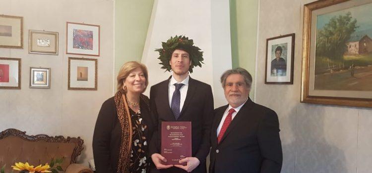 Auguri a Rosario Chiazzese che ha conseguito la Laurea Magistrale in Giurisprudenza